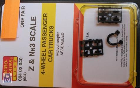 00402040 (904) Nn3 & Z Scale 4-wheel passanger car trucks