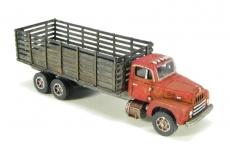 102 N 1950s Era R-190 Stake Truck Bausatz