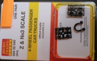 00402040 (904) Nn3 & Z Scale 4-wheel passanger car trucks