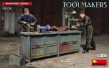 6469048 / 38048 Werkzeugmacher, Bausatz, 1:35